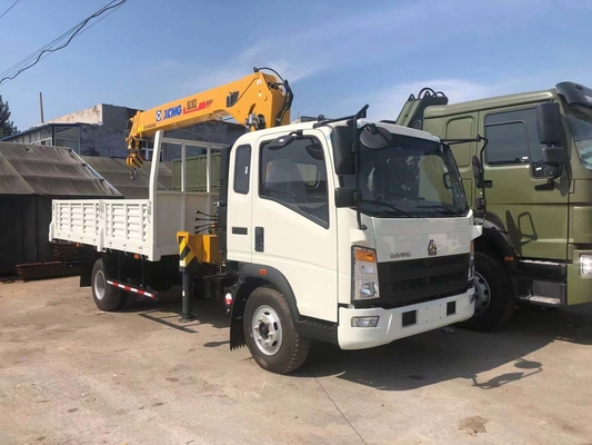 Chiny CIVL Howo 4x2 Truck Mounted Crane 10 ton Telescopic Boom Crane dystrybutor